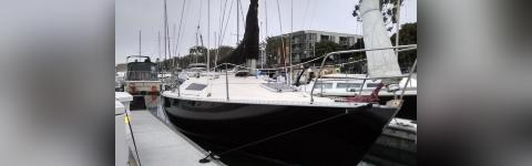 Sailboat 28 feet with or without captain FOR RENT
