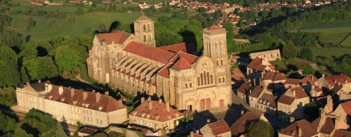 Projection du film sur le grand tympan de la Basilique de Vézelay